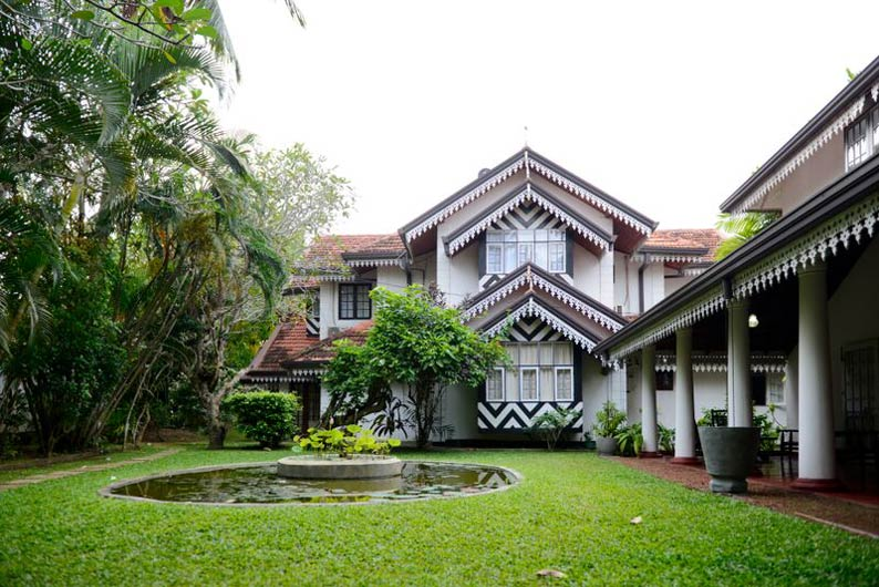 Sun Sea Villa Sri Budhasa